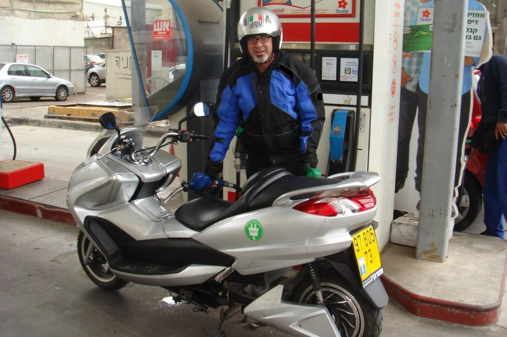 שליחות חשמלית – נסיעת התרשמות בבליץ 6000
