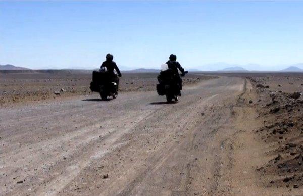 קוקוריקו: דרום אמריקה על אופנוע 2013
