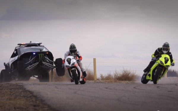 """דו""""גדריפט – מכונית מול אופנוע, הפרק השלישי"""