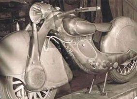 KOOKOOריקו: אופנוע מדהים עם הנעה קדמית
