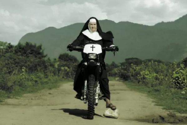 וידאו: נזירות עושות בק-פליפ?