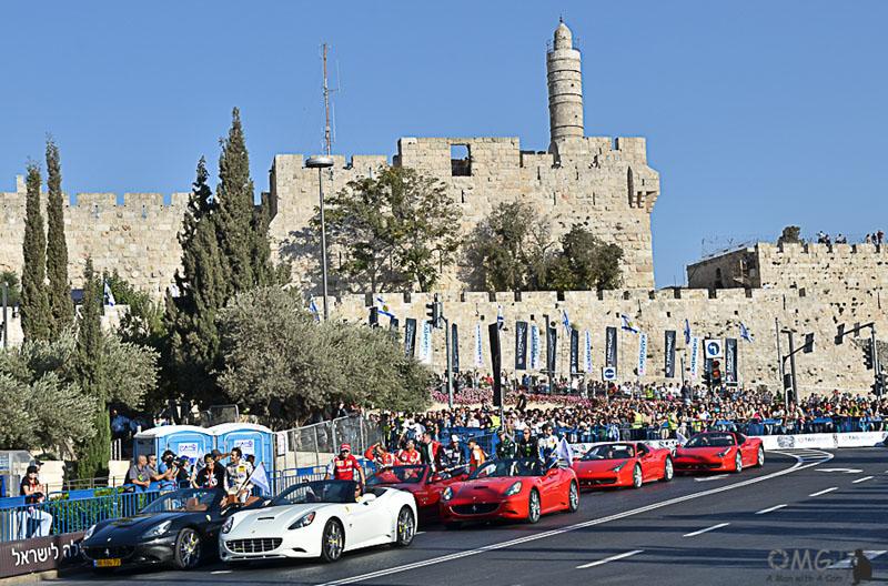 עיר הקודש רועדת. אחרי 2000 שנות גלות שבו מכוניות הספורט להרעיד את חומות העיר העתיקה