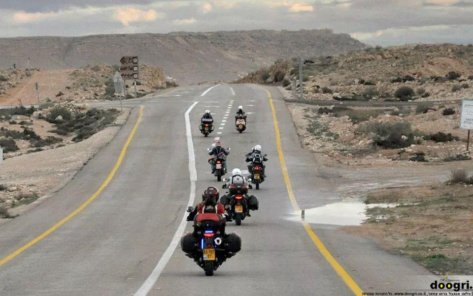 באור קצת שונה – טיול עם מועדון האופנועים הישראלי
