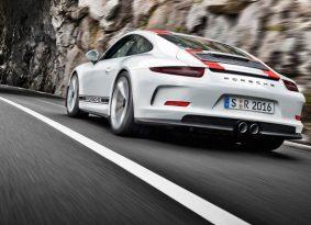 אקשן- פורשה 911R 2017