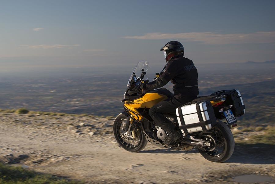 מדור פרסומי: טיול סוף שבוע ללא עלות עבור רוכבי אופנועי Aprilia