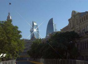 F1: מרצדס בשורה הראשונה באזרבייז'ן