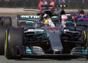 F1: מונזה מירוץ – ללא מאמץ, המילטון מוביל את הטבלה