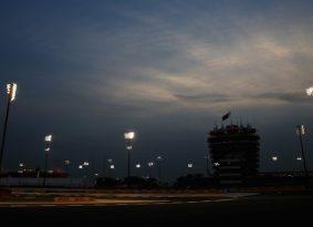 F1 גריד: שורה ראשונה אדומה בבחריין מאז 2006