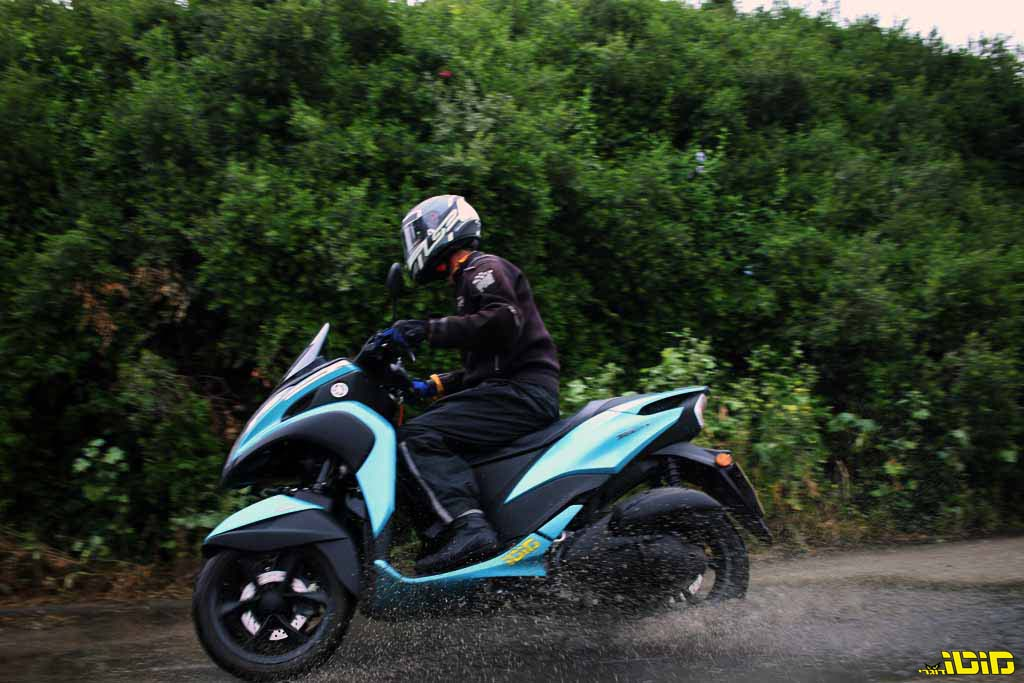 ימאהה טריסיטי 125 במבחן ארוך טווח | דיווח שלישי – 'איש הגשם', עם מפרש