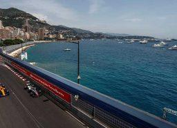 F1 גריד מונקו: ריקארדו מזנק ראשון בזכות מבנה הרדבול