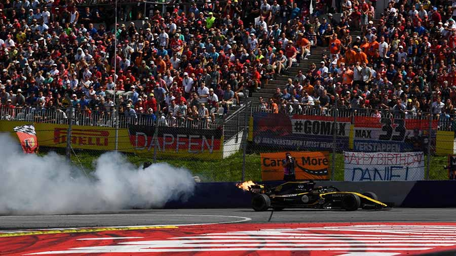 F1 אוסטריה: רדבול מנצחים ברדבול רינג