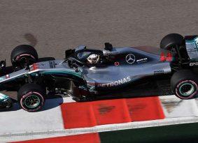 F1 סוצ'י גריד: בוטס יזנק ראשון כשהמילטון לצידו