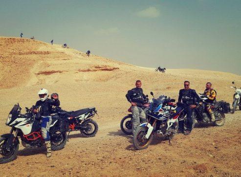 זולו במדבר 2018: מידברן אופנועים