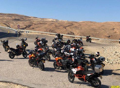מוטו מטייל: טיול כביש של מועדון LC8 Adventure