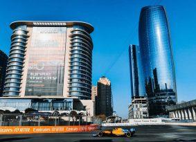 F1  אזרבייג'ן גריד: מרצדס שוב 1,2