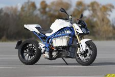 BMW eRoadster Prototype Electric Motorcycle_59_tn