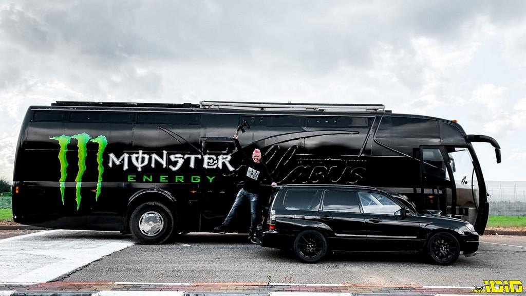 מונסטר אנרג'י מגיעה לישראל באוטובוס (?!)