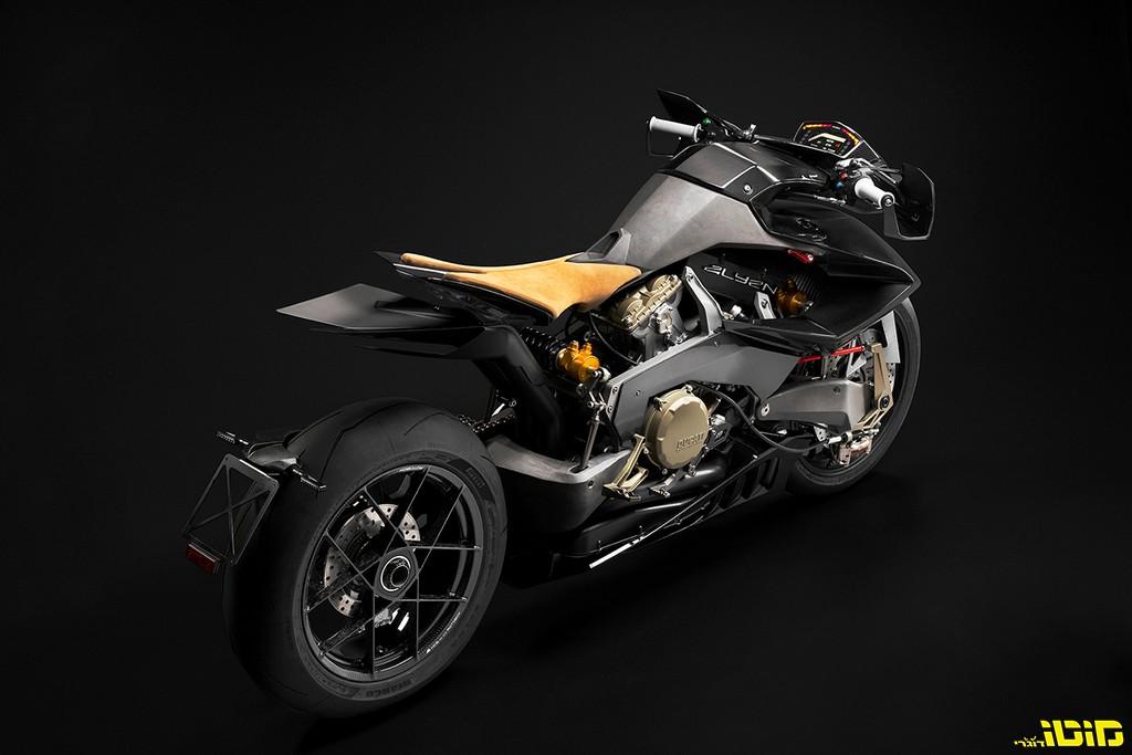 תכירו: Alyen, החייזר של Vyrus, אחד מהאופנועים הייחודיים ביותר