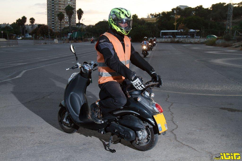 מרתיח: מבחני הנהיגה על אופנוע שונו 'כרעם ביום בהיר'